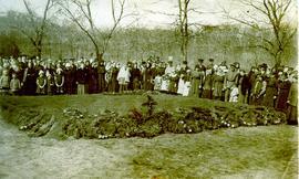 Blumenort mass grave