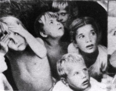 Fright of children in Stalingrad (the bombing)