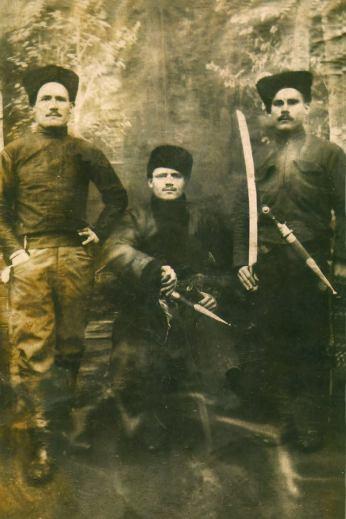 Kotsur, Svirid Dementievich (Kotsur Svirid Dementiyovich) - Little Makhno