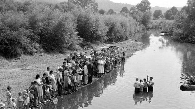 southern-appalachian-baptism-circa-1940