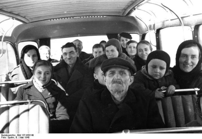 Wartheland, Transport von Umsiedlern