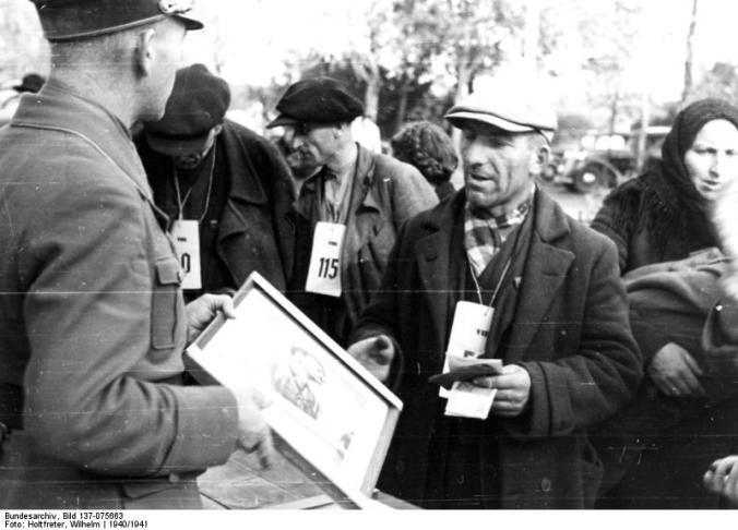 Polen, Betreuung von Umsiedlern