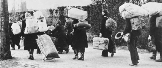 German refugees fleeing westward in 1945