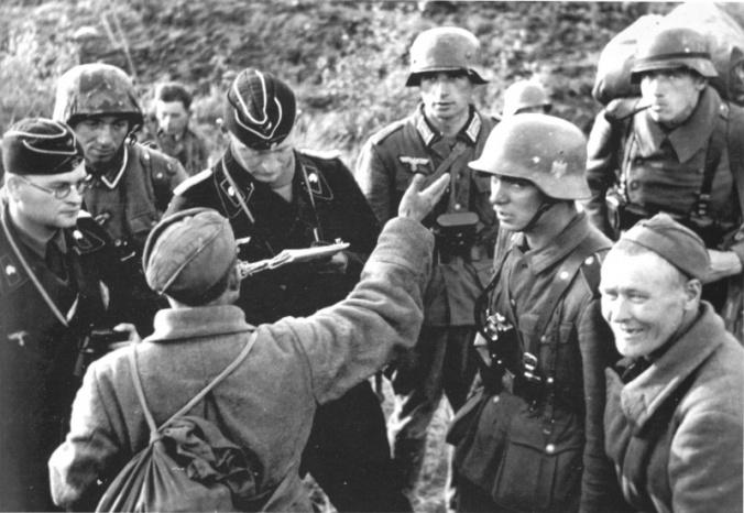 Lieutenant - tanker Wehrmacht interrogating Soviet POW