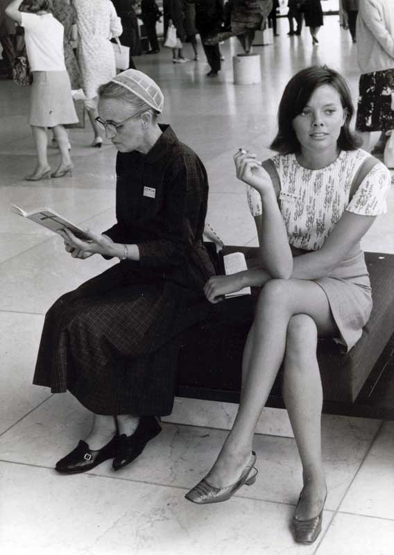 Mennonite fashion gap 1967 - 2